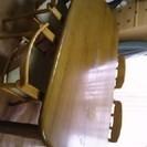 ダイニングテーブルセット<肘付き椅子最大8脚付き>譲ります。