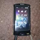 商談中SonyウォークマンNW-865とワイヤレスステレオヘッドフォン