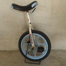 古い一輪車、まだ使えます!