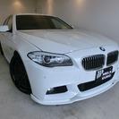 BMW 5シリーズ 523i Mスポーツ 直噴ターボ・鍛造20A...