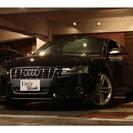 アウディ S5 4.2 FSI クワトロ 4WD (ブラック)...
