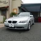 BMW 5シリーズ 530i ハイラインパッケージ (シルバー...