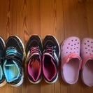子供靴などまとめて700円♪