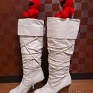 VIVIAN LEE オフホワイトロングブーツ