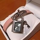 南京錠型腕時計