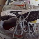NIKE 18センチ 紐靴 シルバー