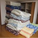 【終了】大幅値下げ【新品同様】布団セット(敷き布団、掛け布団、枕、...