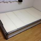 下収納有りのベッド