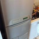 冷蔵庫無料で譲ります。