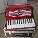 アコーディオン 赤色 中国製 音鍵盤異常なし(楽器屋に見てもらって...