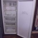 冷凍庫ストッカ-