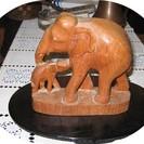 木彫り象の親子