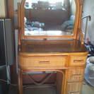 籐製の鏡台