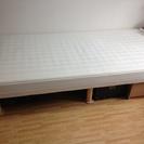 足つきマットレス シングルベッド500円