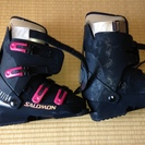 スキー靴格安にて