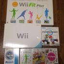新品同様♪Wii本体&WiiFITplus&ソフト5点♪