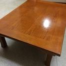 昔ながらの和テーブルです