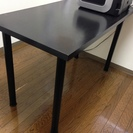 テーブル(イケアで購入)