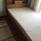 カントリー調収納付き シングルベッド