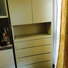 スリムな収納家具マルチに使えます キッチンでもタンスでも