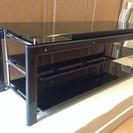 【売約済】スタイリッシュなテレビボード。非常に良い状態です!