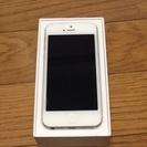 美品iPhone5シルバー16G
