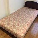シングルベッド。取りに来られる方にさしあげます。