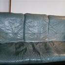 3人かけのソファーあげます