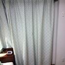 水玉カーテンと遮光カーテン