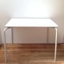 無印良品(muji)テーブル、組み立て要 (白の天板、終売品、天板...