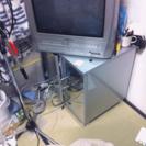 ブラウン管テレビとテレビラックのセット
