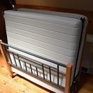 折り畳みシングルベッド