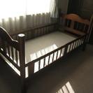 ベッド(別投稿2段ベッドと一緒でも)