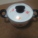 【値下げ】レトロホーロー鍋(未使用品)