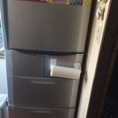 6ドアの冷蔵庫