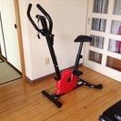 スマイルエクササイズバイク、部屋の場所も取らないコンパクト設計です。