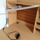 山田照明の卓上LEDスタンド(ホワイト)をお譲りします。