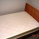 無垢材木製セミダブルベッド