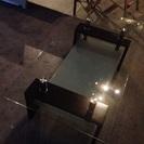 ガラステーブル (棚付き)