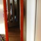 木製ハンガー付き360度回る全身鏡。