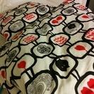 シングルサイズの敷布団、掛布団、枕のセットです。