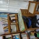 木製学習机と椅子を差し上げます。 2台セットあります