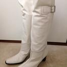 ★新品本革白ブーツ24.5センチ CHERIE
