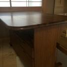 収納付きダイニングテーブル