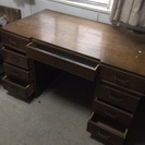 木製机 中古 無料 取りに来ていただける方にお譲りします。