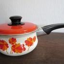 ◆昭和レトロ◆ミッチホーロー・片手鍋・花柄・未使用・16㎝琺瑯 - 生活雑貨