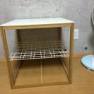 シンプルなサイドテーブル。9.22ピックアップ必須