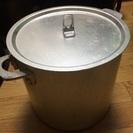 キャンプなどで使う カレー鍋 煮込み鍋、あげます。高さ23cm 直...