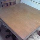 木製テーブル 椅子2脚つき