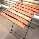 ベランダやお庭で利用できるガーデニングテーブル